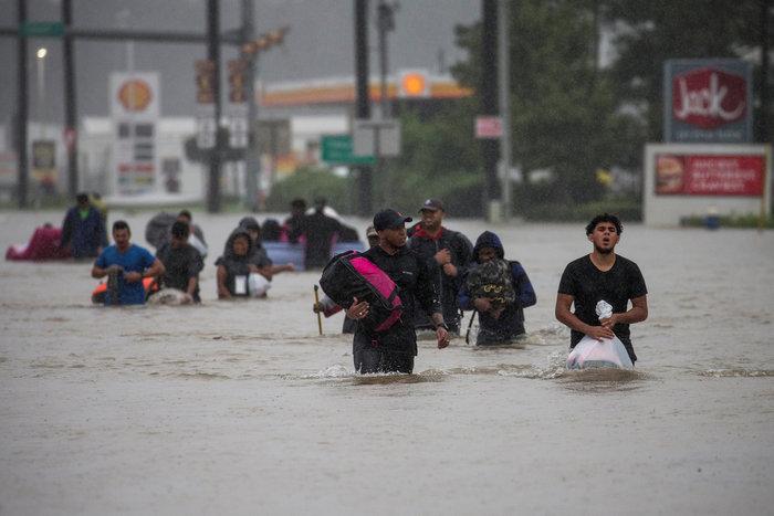 Στους 44 οι νεκροί από τον τυφώνα Χάρβεϊ, 19 αγνοούνται - εικόνα 3