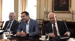 ti-eipe-o-tsipras-kai-afise-embrontitous-tous-trapezites