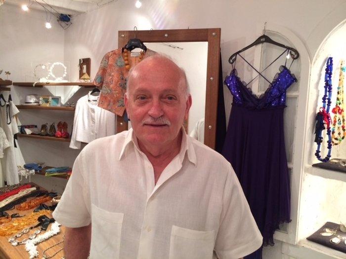 Νεκρός στο διαμερισμά του βρέθηκε ο σχεδιαστής μόδας Λούης Γεράρδος