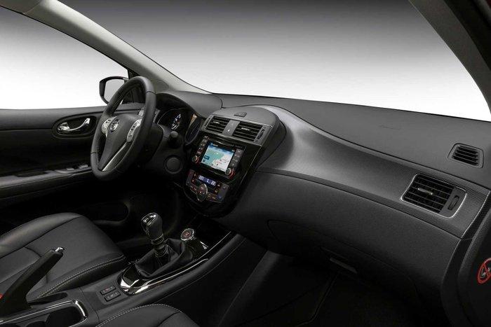 Nissan PULSAR Black Edition: Με 18άρες ζάντες και σπορ διάθεση - εικόνα 3
