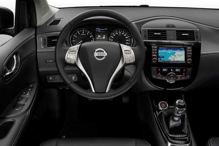 Nissan PULSAR Black Edition: Με 18άρες ζάντες και σπορ διάθεση - εικόνα 4