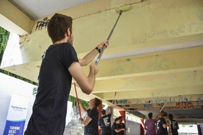 Η εθελοντική δράση υπότροφων του προγράμματος Angelopoulos 100 στην Γκράβα - εικόνα 4