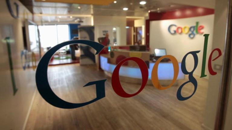 gboard-tis-google-i-metatrepste-ta-greeklish-se-ellinika
