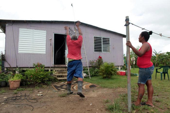 Με την Ιρμα συναγερμός και για τον Χοσέ, τη δέκατη καταιγίδα φέτος στις ΗΠΑ