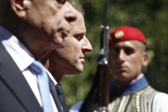 """Στο Μαξίμου ο Μακρόν: """"Τρομακτικές οι προσπάθειες των Ελλήνων"""" - εικόνα 7"""