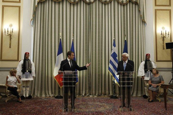 """Στο Μαξίμου ο Μακρόν: """"Τρομακτικές οι προσπάθειες των Ελλήνων"""" - εικόνα 6"""