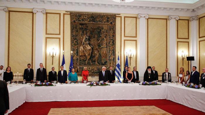 Το μενού με άρωμα...Γαλλίας στο Προεδρικό και η σύγκριση με Ομπάμα