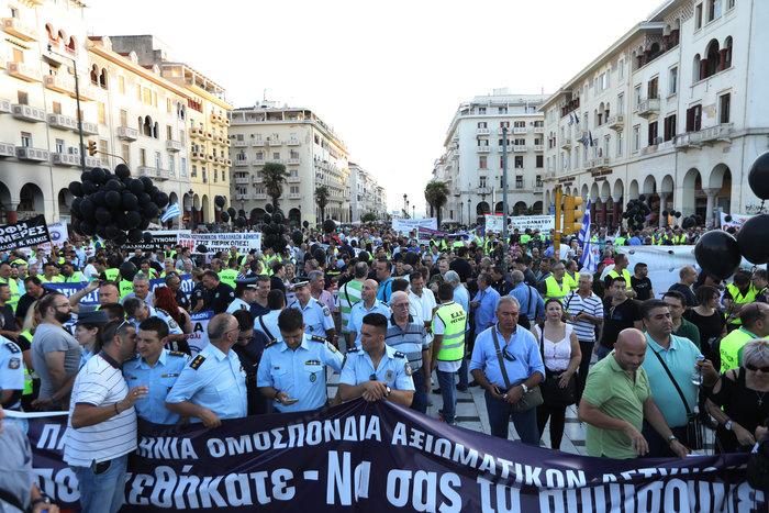 Και ο αρχηγός της ΕΛ.ΑΣ. στη συγκέντρωση ενστόλων στη Θεσσαλονίκη - εικόνα 2