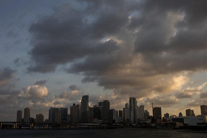 Eλληνας δήμαρχος στη Φλόριντα: «Να πάνε όλοι στα καταφύγια» - εικόνα 3