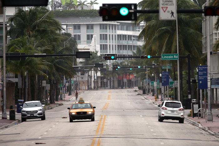Ο τυφώνας Ίρμα στη Φλόριντα, 6,3 εκατ. εγκατέλειψαν τα σπίτια τους