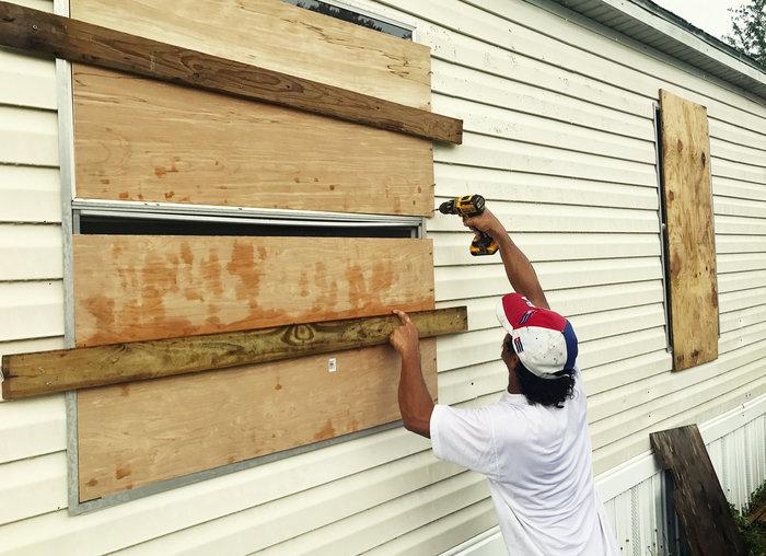 Ο τυφώνας Ίρμα στη Φλόριντα, 6,3 εκατ. εγκατέλειψαν τα σπίτια τους - εικόνα 3
