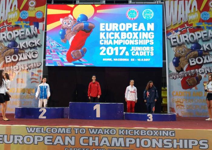 Ασημένιο μετάλλιο στο Kick Boxing η 15χρονη Σεμέλη Ζαρμακούπη - εικόνα 2