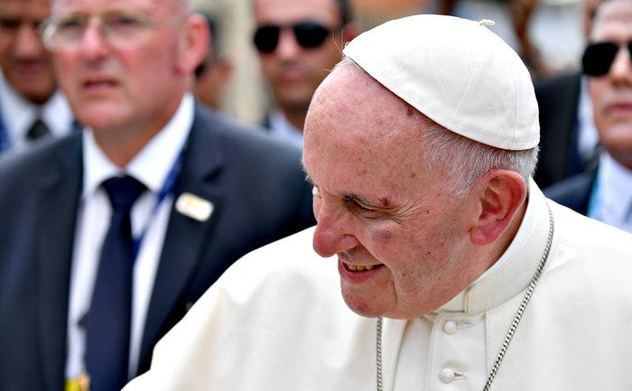 Πάπας: «Με γρονθοκόπησαν. Είμαι καλά»! - Τι συνέβη - εικόνα 3