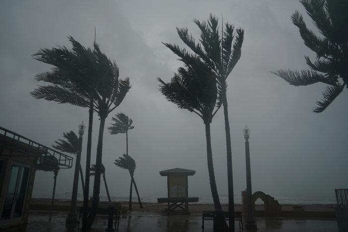 Επικών διαστάσεων ο τυφώνας Ιρμα σαρώνει την Φλόριντα - εικόνα 9