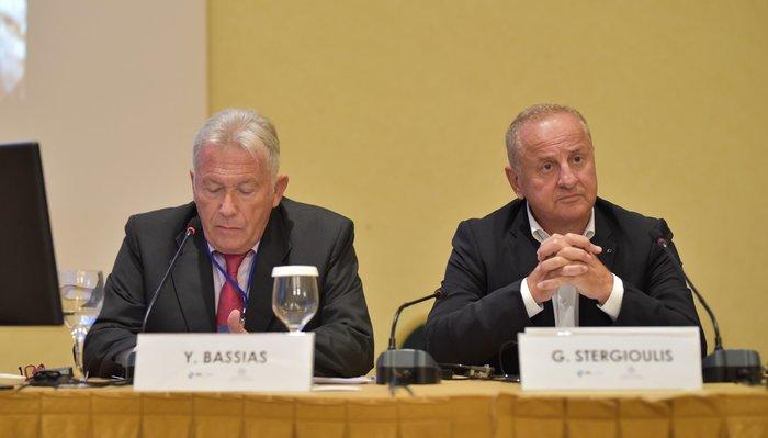 Ο Πρόεδρος και Διευθύνων Σύμβουλος της ΕΔΕΥ κ. Γιάννης Μπασιάς και ο Διευθύνων Σύμβουλος της ΕΛΠΕ κ. Γρηγόρης Στεργιούλης.