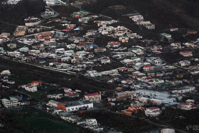 Εξι νεκροί και τεράστια καταστροφή από την Ιρμα στη Φλόριντα - εικόνα 9