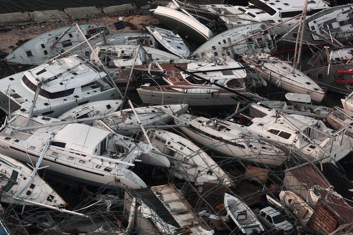 Εξι νεκροί και τεράστια καταστροφή από την Ιρμα στη Φλόριντα - εικόνα 10