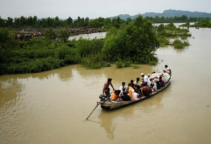 Η εθνοκάθαρση των Ροχίνγκια: Γολγοθάς σε θάλασσα και στεριά - εικόνα 2