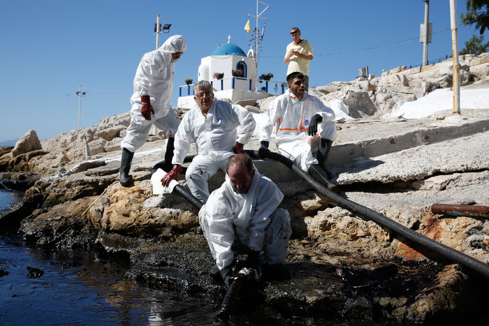 Αναπάντητα ερωτήματα για την περιβαλλοντική βόμβα στο Σαρωνικό - εικόνα 16