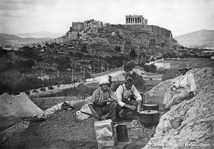 Μαγειρεύοντας με θέα την Ακρόπολη, λόφος των Μουσών
