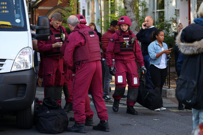 Λονδίνο: Σε εξέλιξη ανθρωποκυνηγητό για τη σύλληψη του δράστη - εικόνα 22