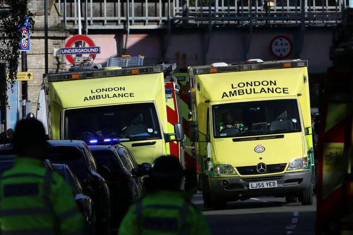 Καρέ καρέ η τρομοκρατική επίθεση στο μετρό του Λονδίνου - εικόνα 14