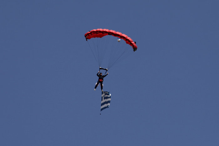 Athens Flying Week: Φοβεροί ελιγμοί, αερομαχίες & ακροβατικά - εικόνα 5