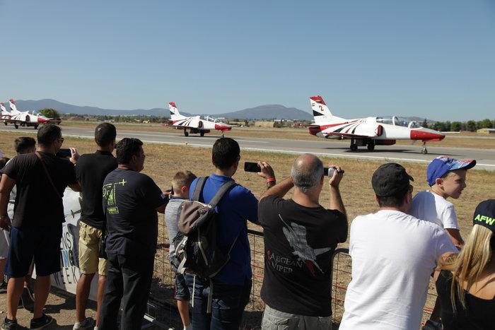 Athens Flying Week: Φοβεροί ελιγμοί, αερομαχίες & ακροβατικά - εικόνα 9