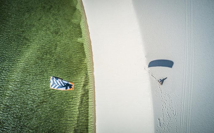 Εντυπωσιακές εικόνες από διαγωνισμό kitesurf στη Βραζιλία - εικόνα 4