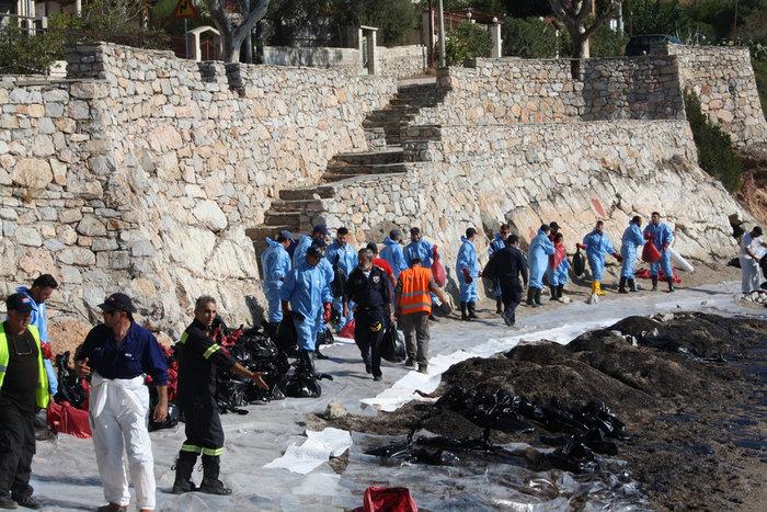 Εφιάλτης στο Σαρωνικό: Όλη η λίστα με τις «μαύρες» παραλίες
