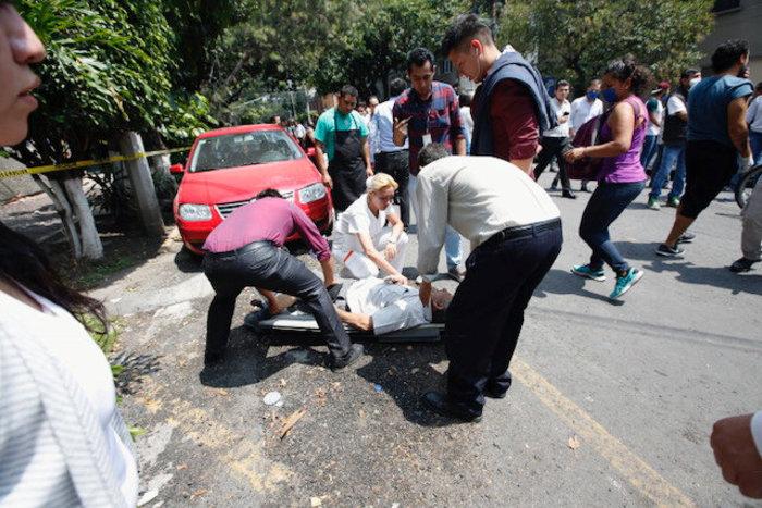 Εκατόμβη νεκρών στο Μεξικό από το φονικό χτύπημα του εγκέλαδου - εικόνα 2