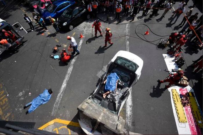 Εκατόμβη νεκρών στο Μεξικό από το φονικό χτύπημα του εγκέλαδου - εικόνα 5