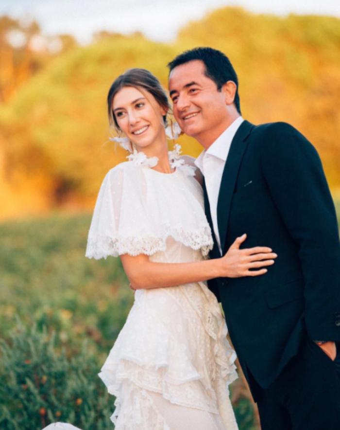 Ατζούν Ιλιτζαλί: ο χλιδάτος γάμος του κ. Survivor στο Σεν Τροπέ - εικόνα 2
