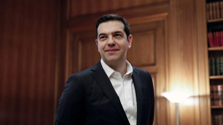 uposxeseis-tsipra-se-ena-xrono-afinoume-pisw-ta-mnimonia