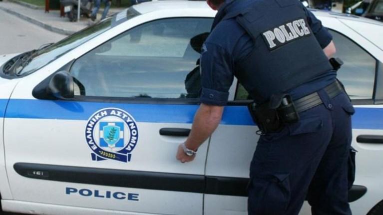 Αστυνομικοί με... παρελθόν λήστεψαν τον Σύρο- Στην φρουρά της ΓΑΔΑ ο ένας