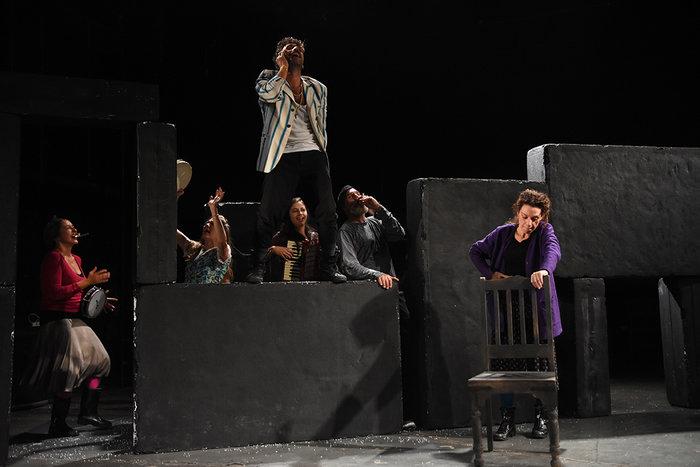 «Η δύναμη του σκότους» του Λέοντος Τολστόι στο Σύγχρονο Θέατρο - εικόνα 3
