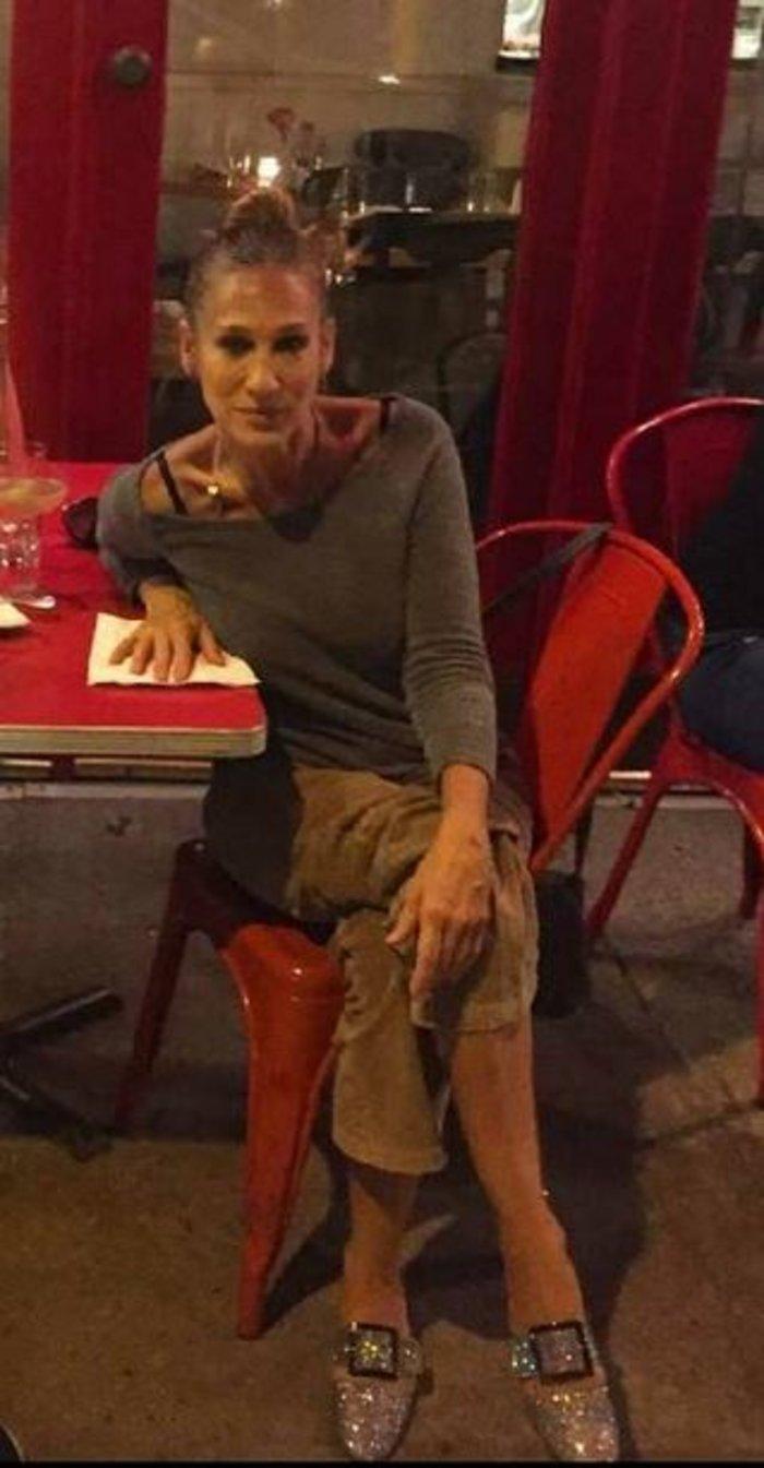 Σάρα Τζέσικα Πάρκερ: Το ανατρεπτικό ντύσιμο που θα ζήλευε η Κάρι Μπράντσο