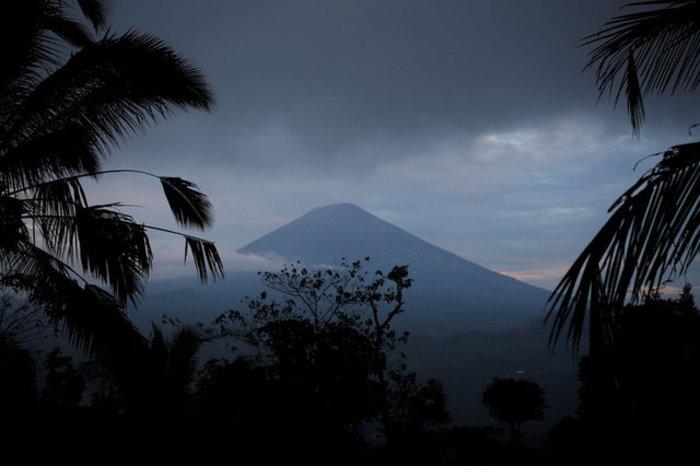 Φοβούνται το ηφαίστειο στο Μπαλί: 50.000 έφυγαν από τα σπίτια τους-Εικόνες - εικόνα 3