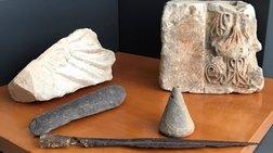 Ιωάννινα: Βρήκαν σάκο φυτεμένο σε θάμνους, γεμάτο με αρχαία αντικείμενα