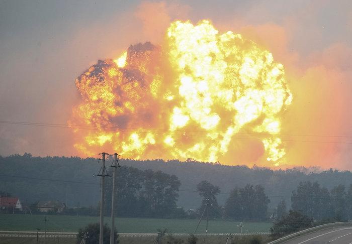 Έκρηξη σε στρατιωτική βάση στην Ουκρανία - Απομακρύνθηκαν 24.000 άνθρωποι - εικόνα 5