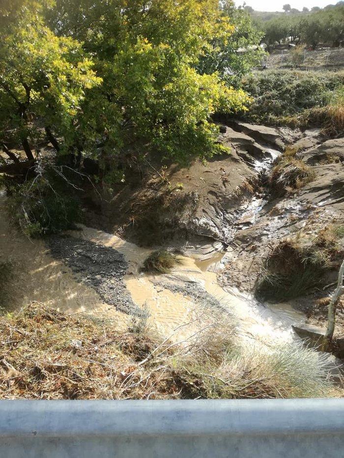 Εικόνες «βιβλικής» καταστροφής στη Σαμοθράκη - εικόνα 2