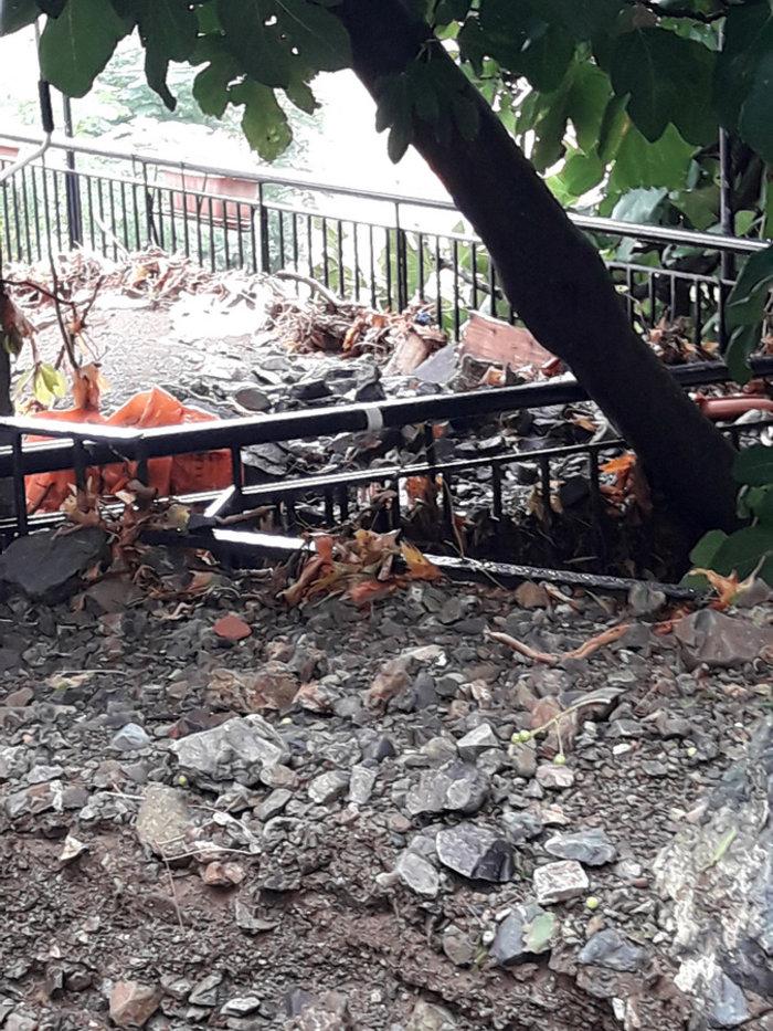 Εικόνες «βιβλικής» καταστροφής στη Σαμοθράκη - εικόνα 5