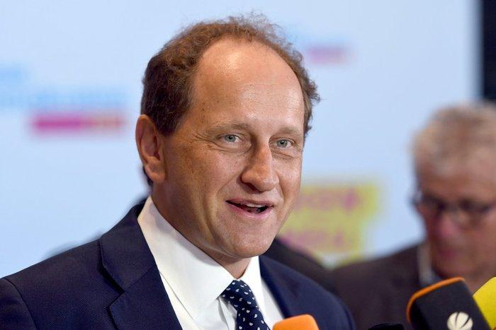 Mετά τον Σόιμπλε ποιος; Τα σενάρια για τον νέο ΥΠΟΙΚ της Γερμανίας - εικόνα 4