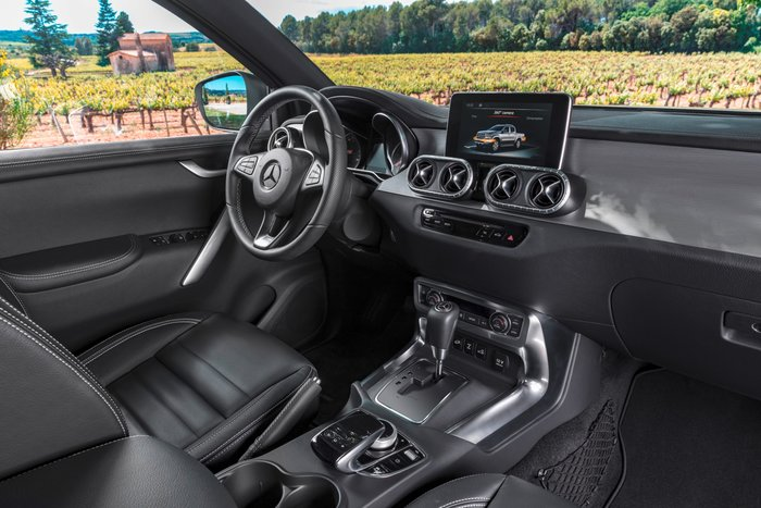 "Mercedes X Class: Πάτησε Ελλάδα και ""οργώνει"" από Κολωνάκι μέχρι Ψηλορείτη! - εικόνα 2"