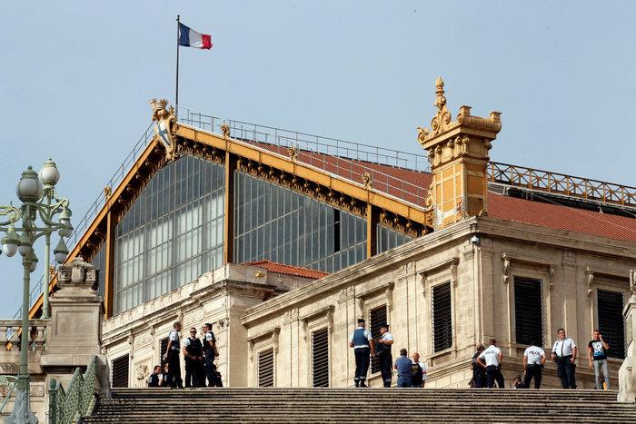 Eπίθεση με μαχαίρι σε σταθμό τρένων στη Μασσαλία- Τρεις νεκροί