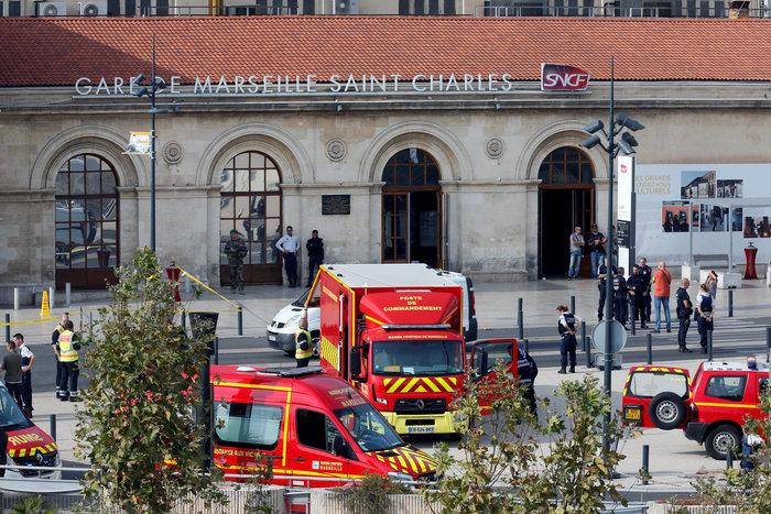 Eπίθεση με μαχαίρι σε σταθμό τρένων στη Μασσαλία- Τρεις νεκροί - εικόνα 2