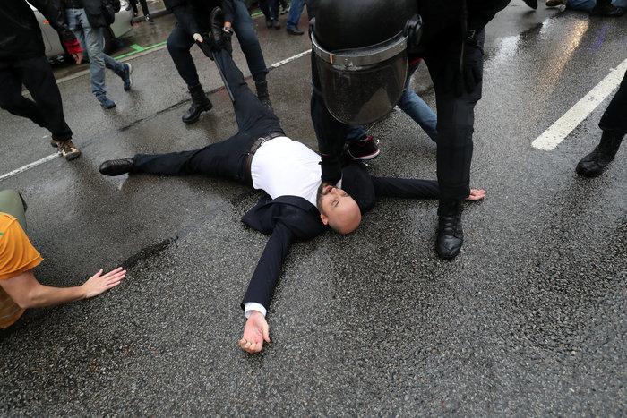 Καταλονία: 90% υπέρ της ανεξαρτησίας - 844 οι τραυματίες - εικόνα 15