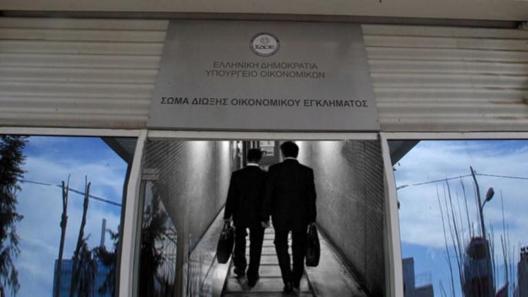 oi-eforiakoi-mathainoun-pali-gia-na-antapekserxontai-stous-elegxous