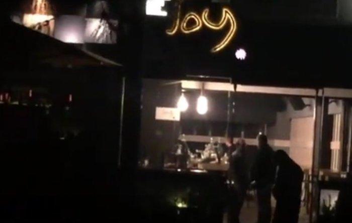Ξεκαθάρισμα λογαριασμών με νεκρό έξω από μπαρ στη Γλυφάδα
