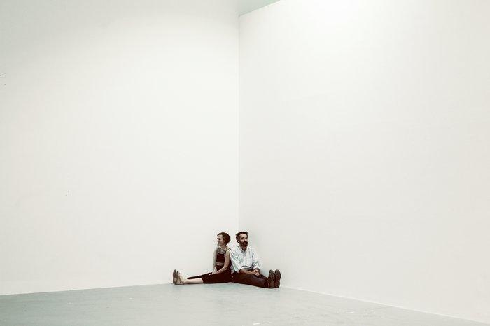 Μια περφόρμανς για τα έργα τέχνης στην Καλών Τεχνών